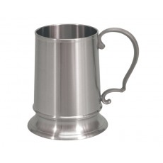 13. Oriental Pewter 'London' Tankard, 18oz